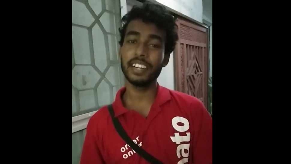 video-of-zomato-delivery-boy-singing-song-gori-tera-gaon-bada-pyara-goes-viral