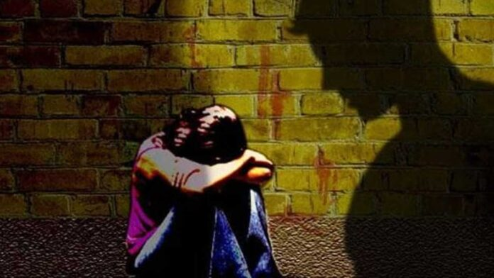 Bhopal: 14-year-old girl raped after befriending through online dating app